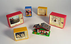 Plastiskop toy picture viewer: souvenir-TVs with long tradition Made in Germany